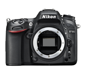Nikon D7100 body + karta SDHC Ultra 32GB